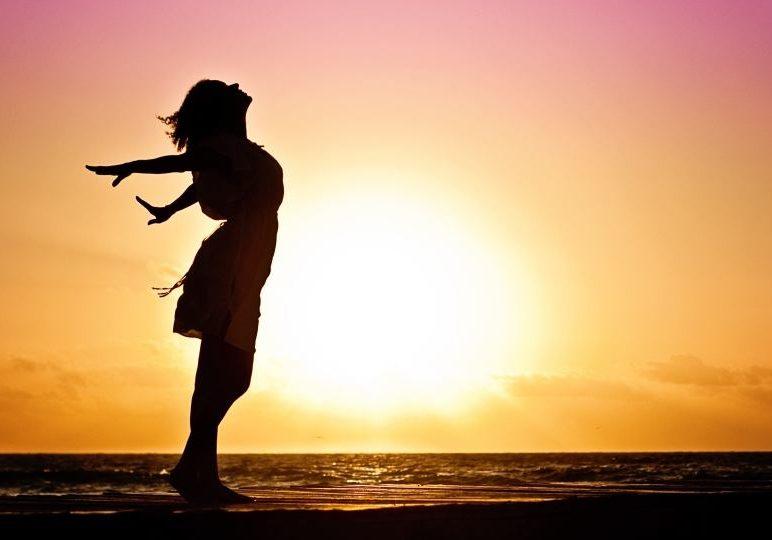 woman-free-happy